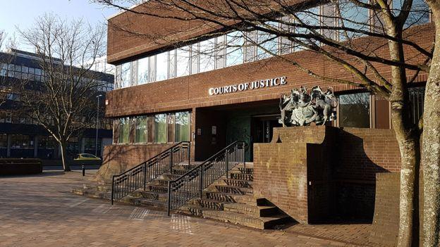 В Англии осудили 2-х Украинских запопытку провезти наяхте шесть нелегалов