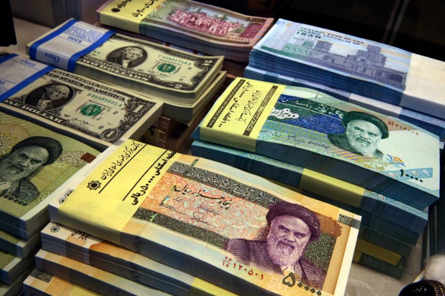 Иран на100% отказался отдоллара