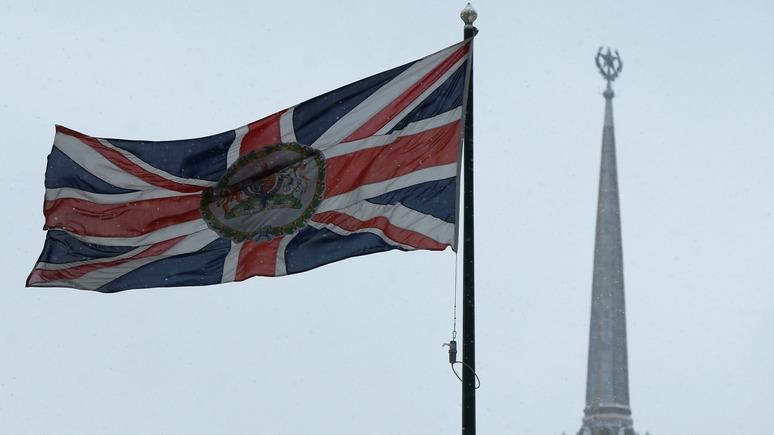 Times: живущих в России британцев предупредили о возможной опасности