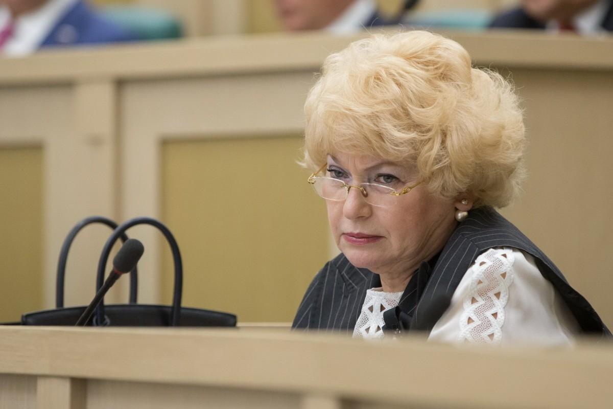 Сенатор РФ Нарусова предложила приравнять оправдание сталинизма к оправданию нацизма