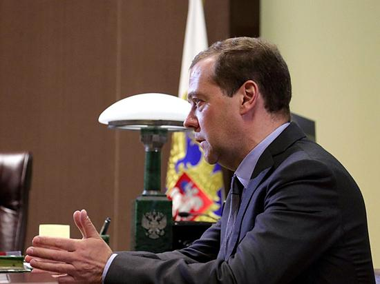 Кто сменит Медведева в кресле премьера России