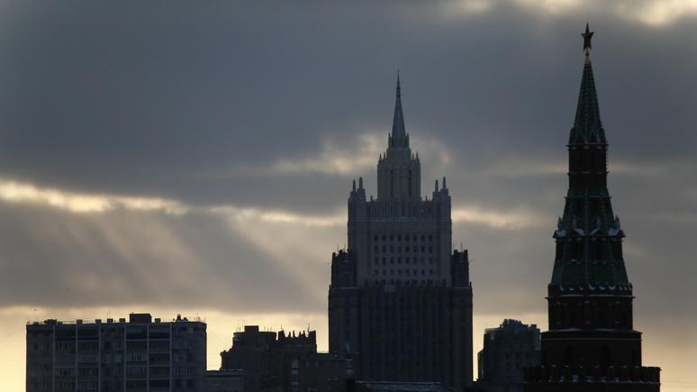 El Pa?s: Франция и Германия должны помирить Россию с Европой