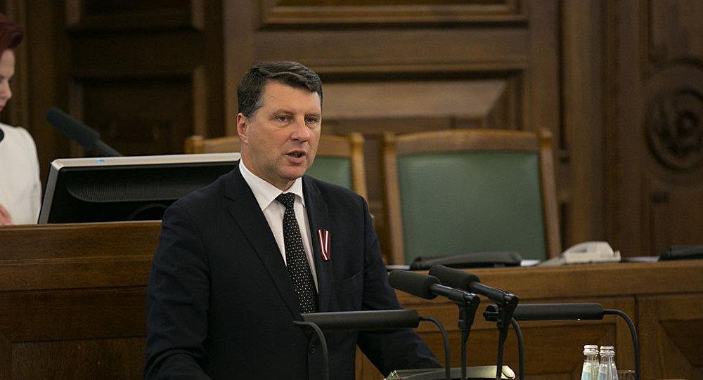 Президент Латвии поздравил Путина с победой на выборах