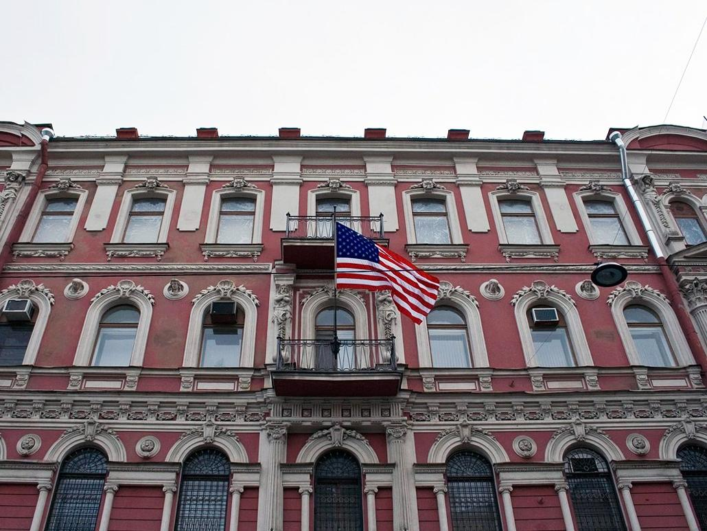 ВСовфеде одобрили решение озакрытии генконсульства США вПетербурге