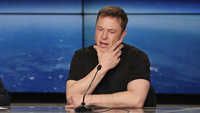 Илон Маск пообещал ночевать назаводе Tesla, чтобы спасти компанию