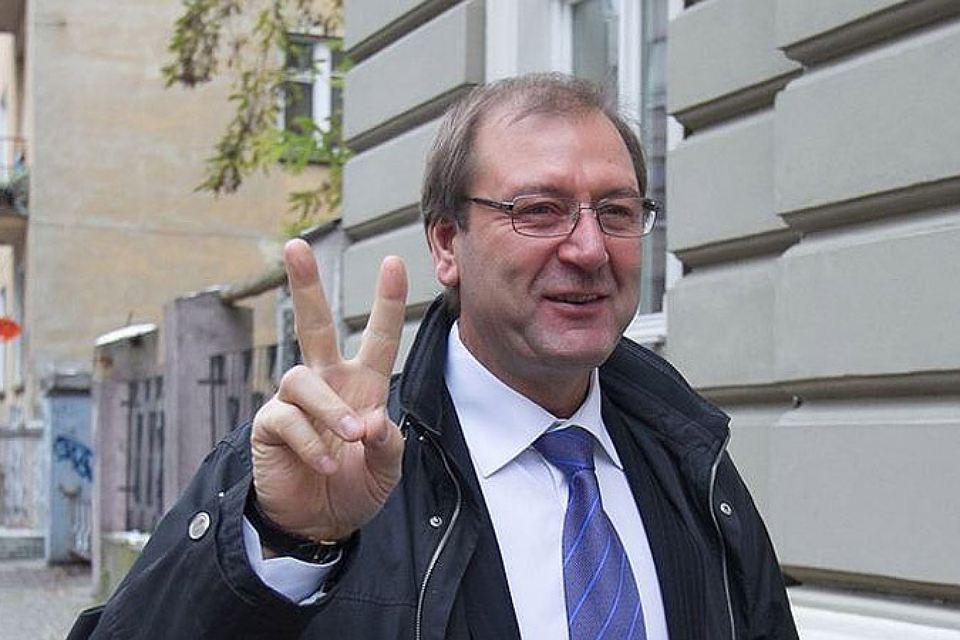 Главой литовской Партии труда избран В. Успасских