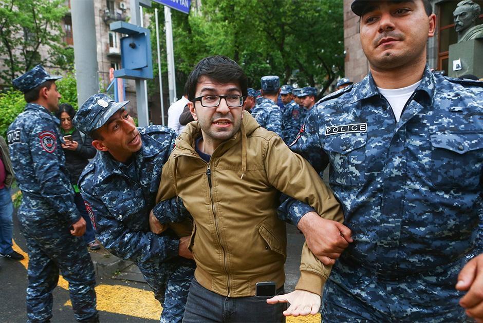 Не договорились: В Армении назревает революция