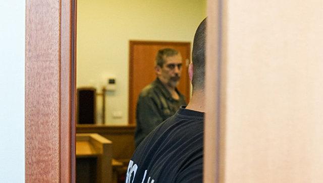 Суд в Риге отменил арест защитника русских школ Латвии Линдермана