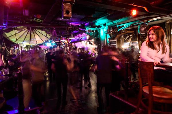 Работа в ночных клубах москвы во недорогие стриптиз клубы москвы